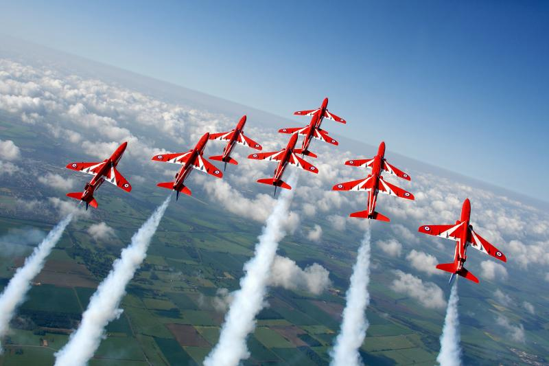 RAFAT Red Arrows [MoD Crown Copyright/Cpl Andy Benson] #1