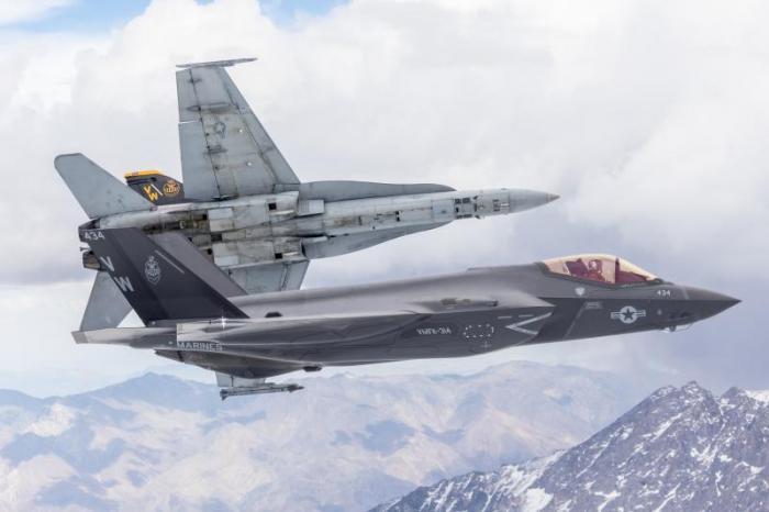 'Black Knights' F-35C SFFOC [US Navy - Lt Cdr Darin Russell] #1